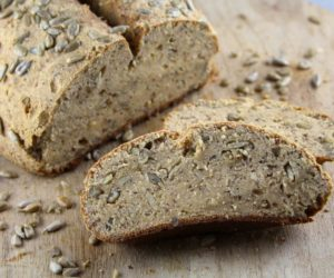 Sonnenblumenkerne-Brot-low-carb