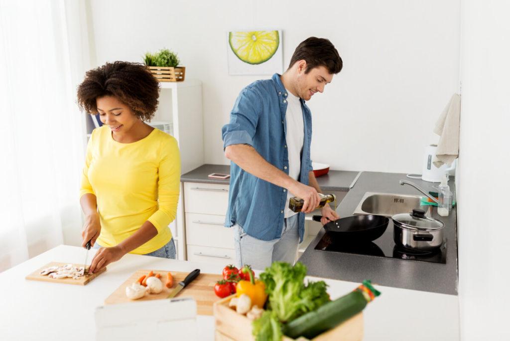 Meal-Prep-kochen-und-vorbereiten