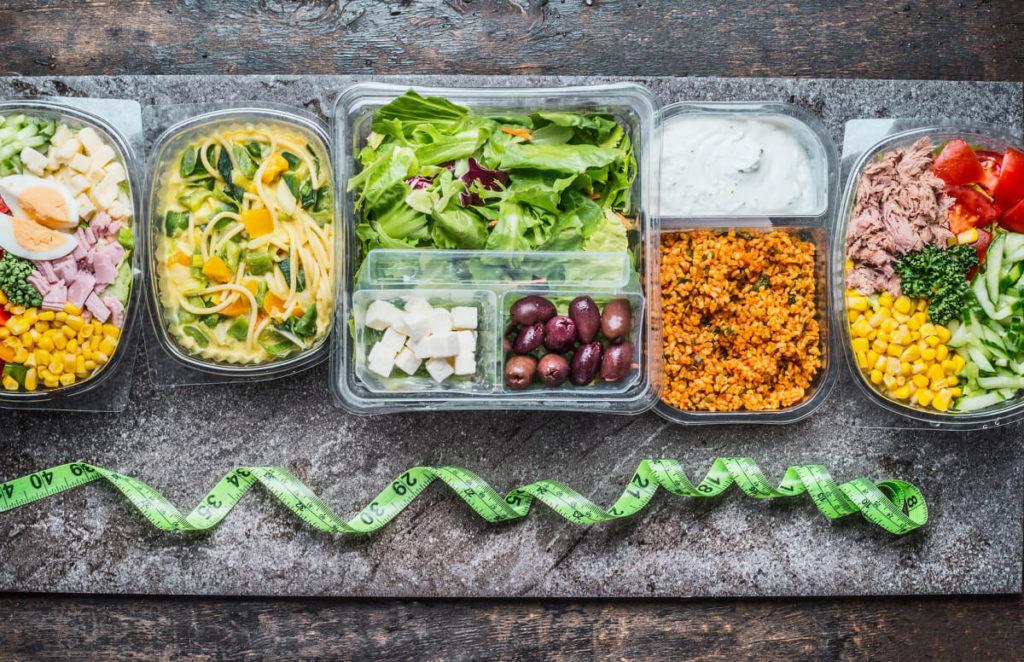Rezepte-vorkochen-zum-Abnehmen-Diäthelfer-Meal-Prep-Vorteile-Überblick