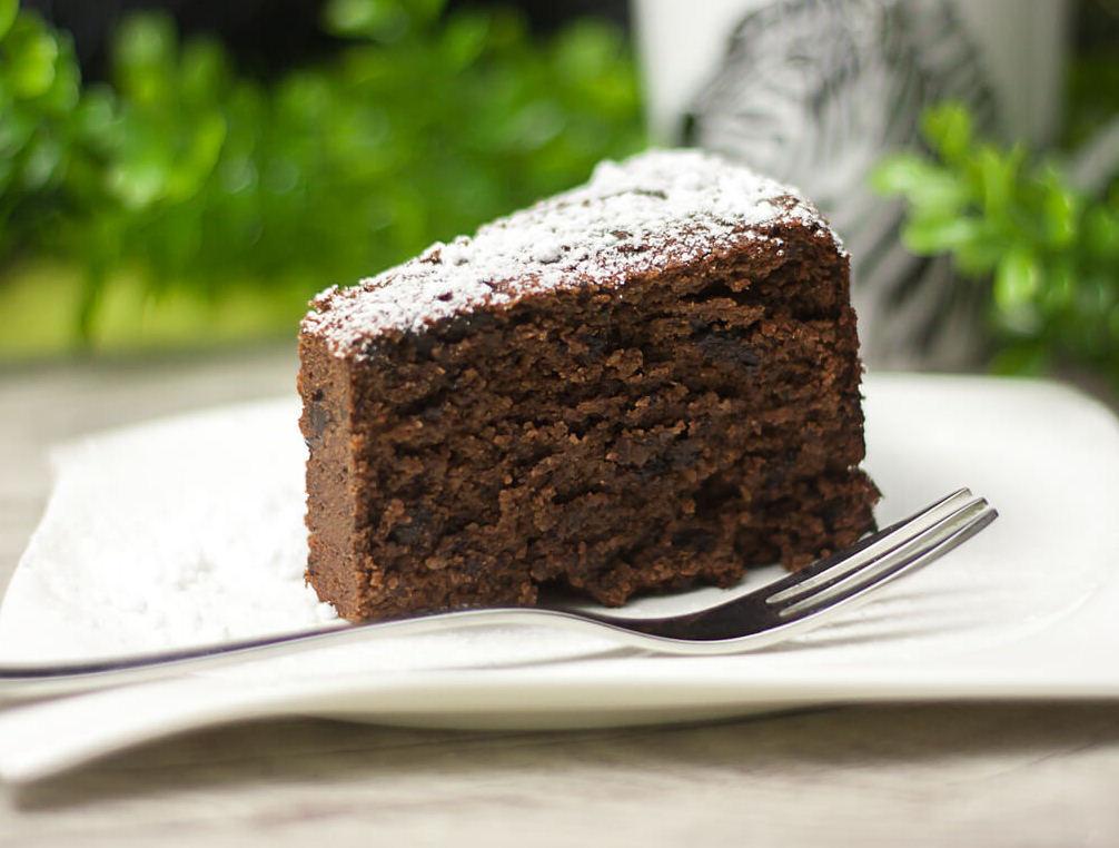 Low-Carb-Rotweinkuchen-Diana-Ruchser-schwarzgrueneszebra-Rezept