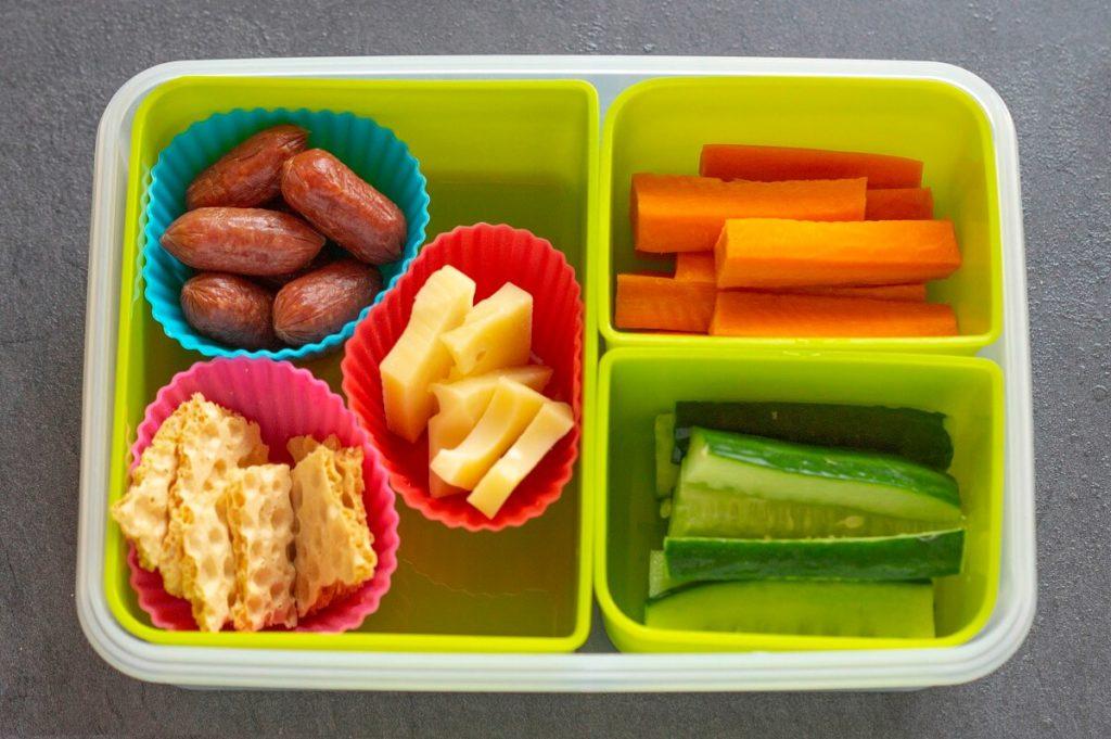 Snacks für die Lunchbox für Pause oder Essen to go