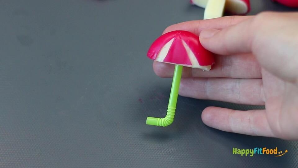 Mini Käse Regenschirm mit Strohhalm als Griff