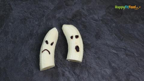 Bananengeister als gesunde Halloween Rezepte für Kinder erstellen